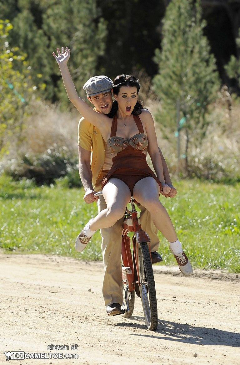 image Tinto brass monella bike scene