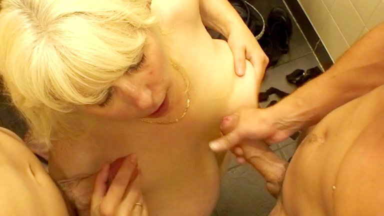 kvinder med former sexy club gladsaxe