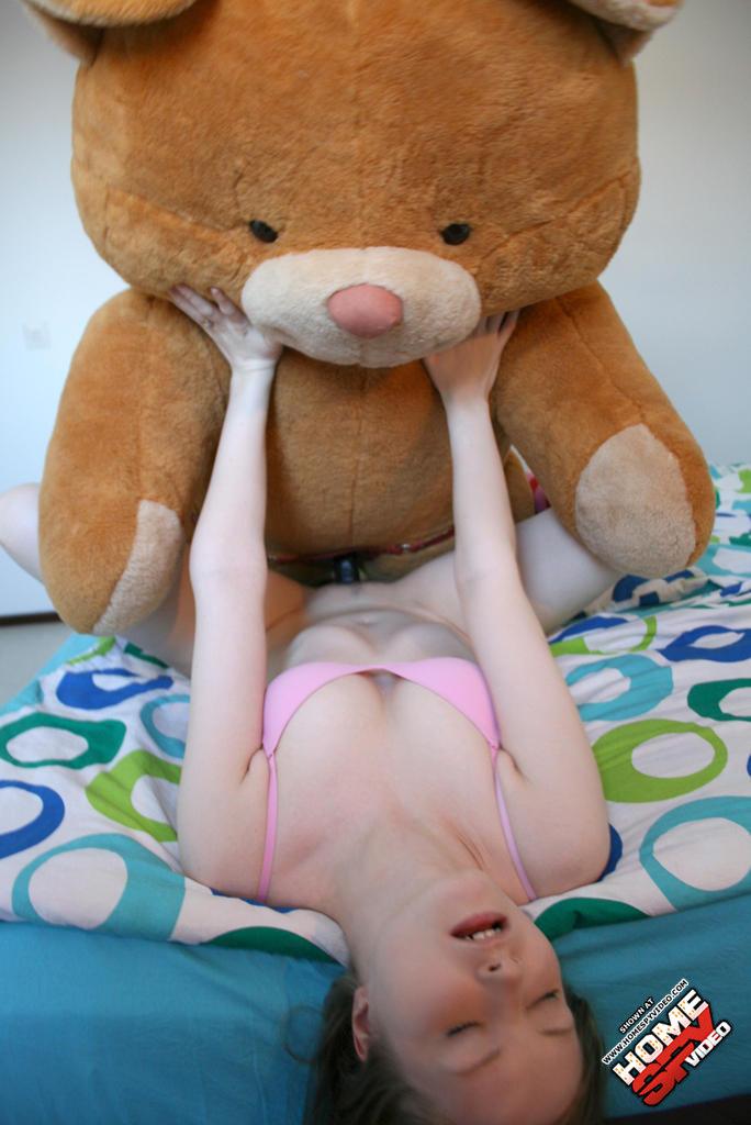 секс с мягкими игрушками фото